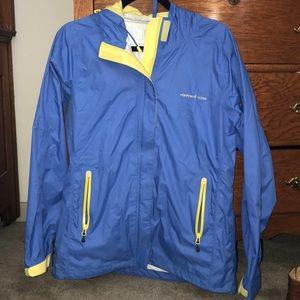 Vineyard Vines Stow & Go Rain Jacket Size M